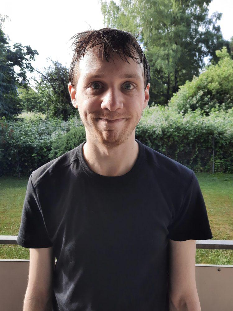 Porträtfoto: Michael Haas mit nassen Haaren